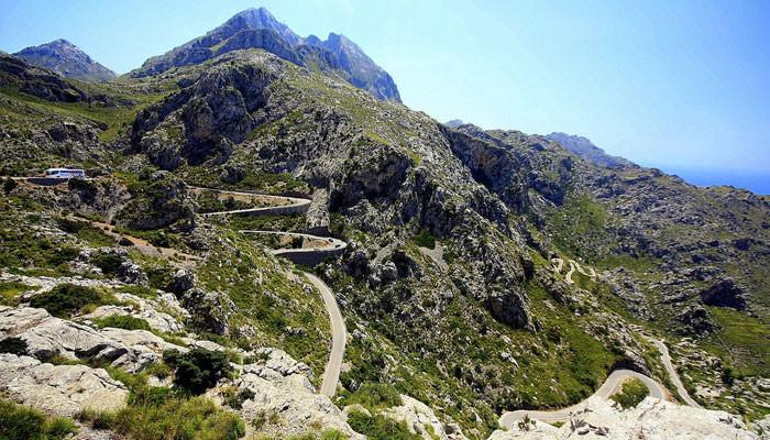 cycling tour destinations - Barney Moss