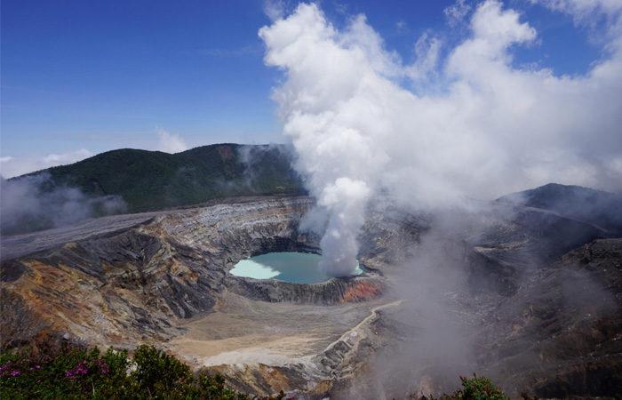 Costa Rica group tour ,-volcano---canterbury