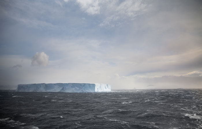 Drake-passage---Lucy-Piper-3