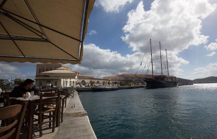 boat-marina-cafe-1