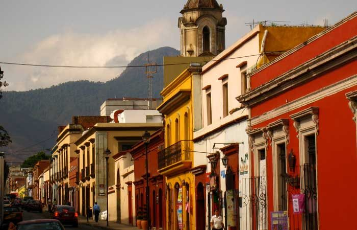 central-america-mexico-oaxaca-peregrine