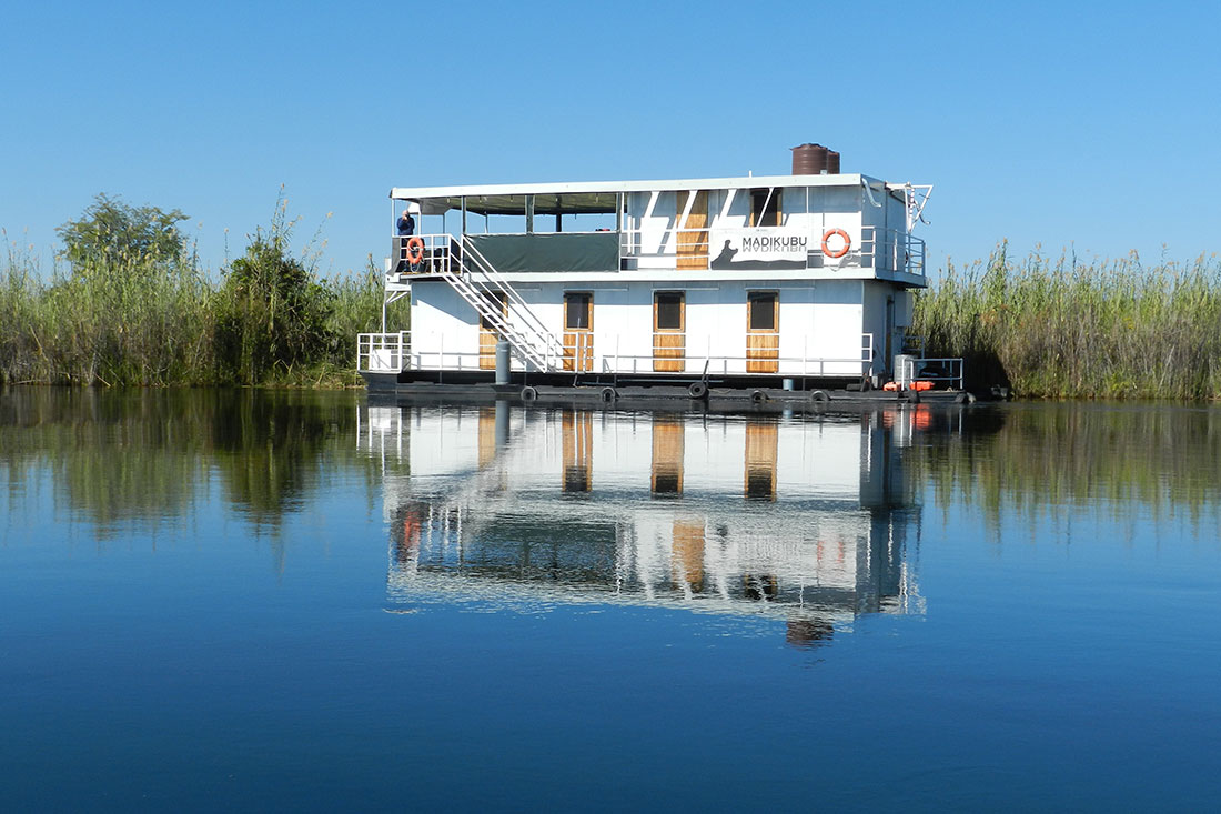 Houseboat Images Okavango Delta By Houseboat What To Expect Peregrine Adventures