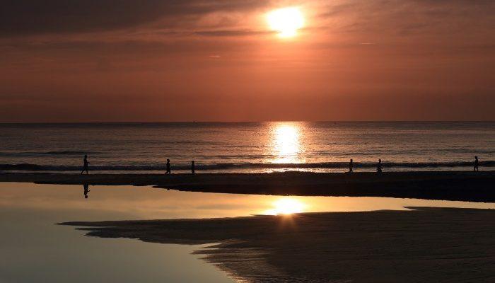sunrise at Da Nang beach