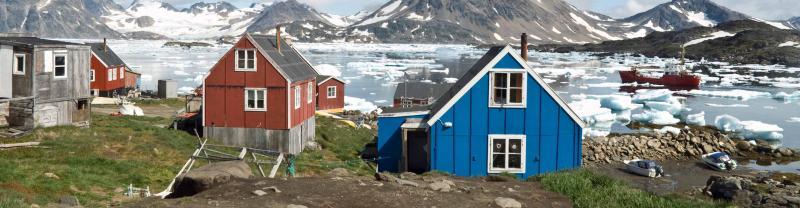 arctic-greenland-houses-ice