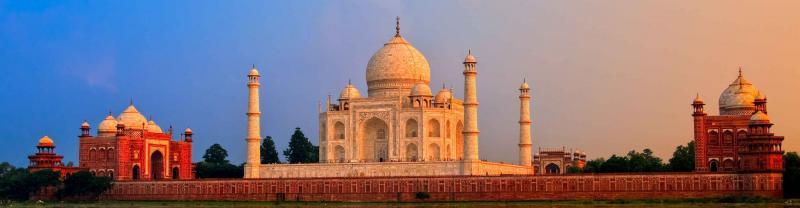 India tours with Peregrine will take in the majestic Taj Mahal