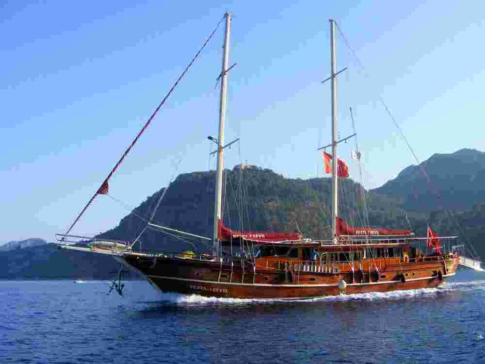 Корабль экскурсия