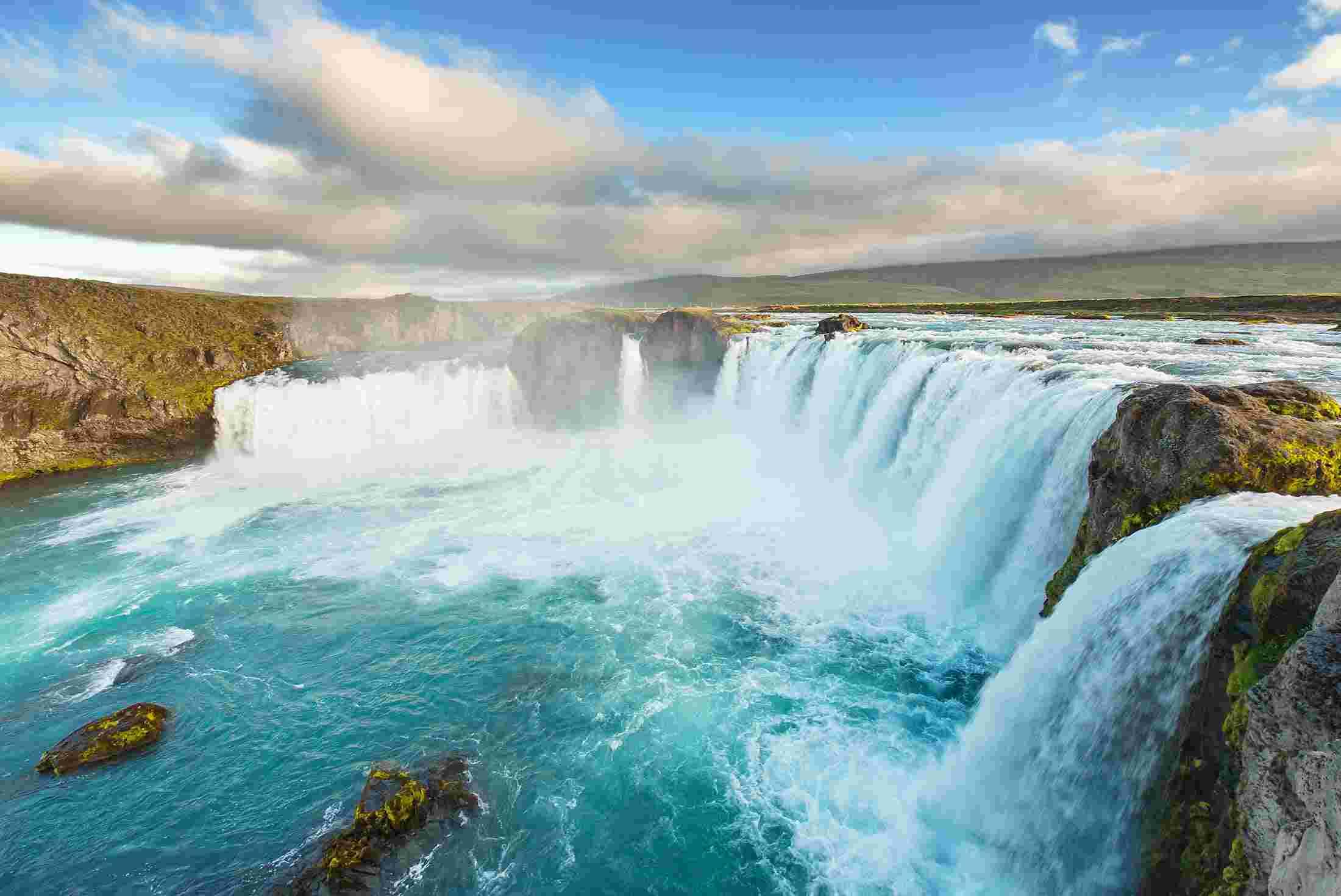 iceland_waterfall