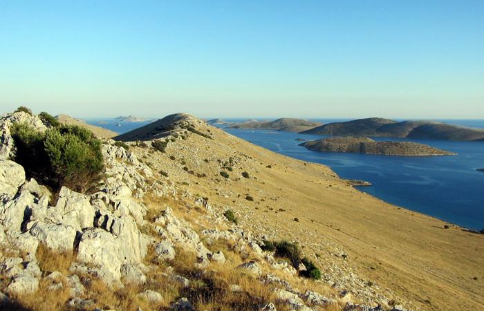 croatia islands guide---josef-grunig