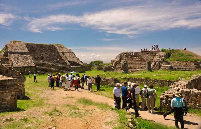 Mexico-Maya-ruins-Monte-Alban---Eduardo-Robles-Pacheco